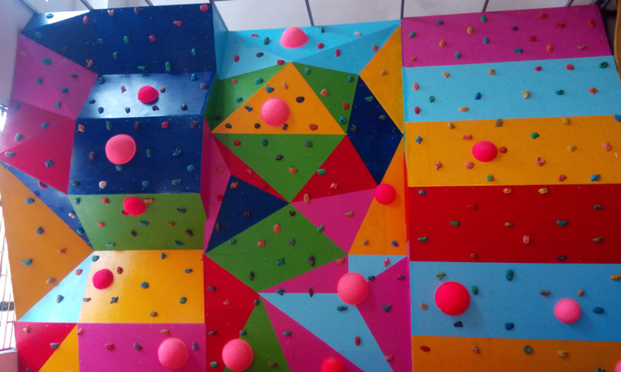 Indoor Bouldering Wall & Rock Climbing Wall in Guizhou